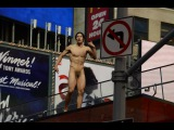 Naked man screams about Donald Trump in Times Square