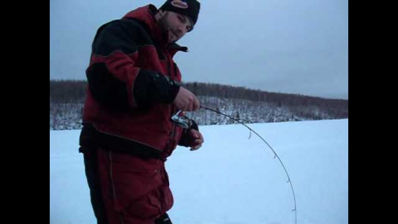 Мордатые форели Америцы. EXTREME LAKE TROUT ICE FISHING back to back hogs!