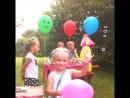 Машуне 4 года с днём рождения тебя родная мы тебя очень сильно любим !
