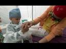 В Москве для маленьких пациентов больничные клоуны провели фестиваль «Рыжий»