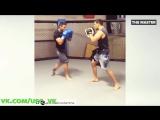 Рафаэль Дос Аньос тренируется к бою с Конором Макгрегором на турнире UFC 196: Дос Аньос против МакГрегора (5 марта 2016 года)