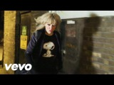 Ladyhawke - Paris Is Burning (Official Video)
