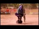 Танец африканского шамана на избавление дьявола из кремля