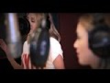 Kylie - 100 Degrees with Dannii Minogue (Studio Video)