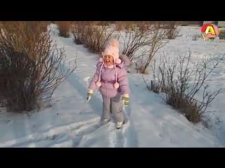 VLOG Зимняя прогулка во дворе *** Winter walk in the yard