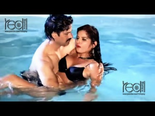 HINDI HOT SHORT MOVIE 2016 II गर्म जवान लड़की II Indian Hot Young Girl Bath Video
