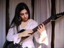 8 finger tapping guitar player Alejandra Mesliuk
