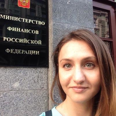 Анна Голубь