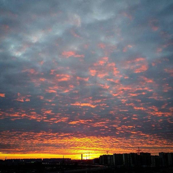 Вечер - время смотреть в небо;))