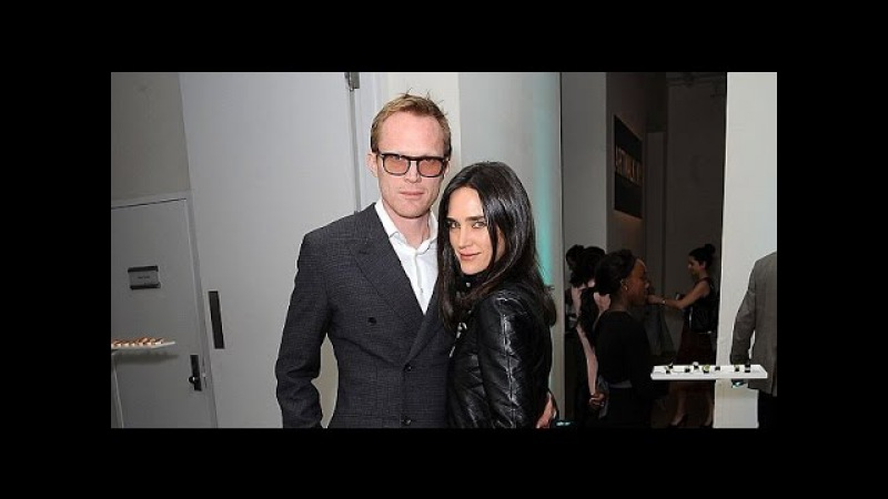 Jennifer Connelly coordinates her classy style with husband Paul Bettany at Artwalk NY