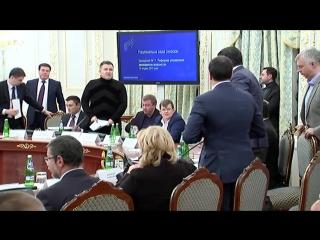 Конфликт Саакашвили и Арсена Авакова на заседании коммитета