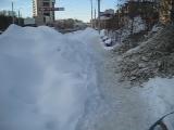 Центральные улицы города Челябинска в снежных завалах.