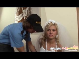 Секс видео охранник русский фото 130-794