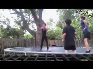 VideoTrack :: Акробат