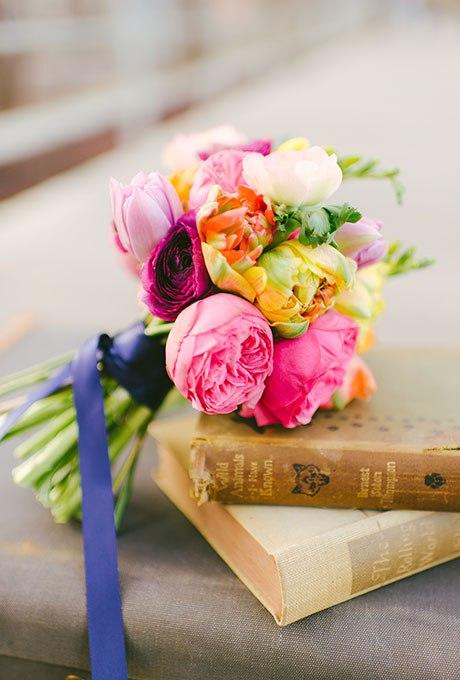 qA6M6 xO6R4 - Небольшие свадебные букеты невесты (30 фото)