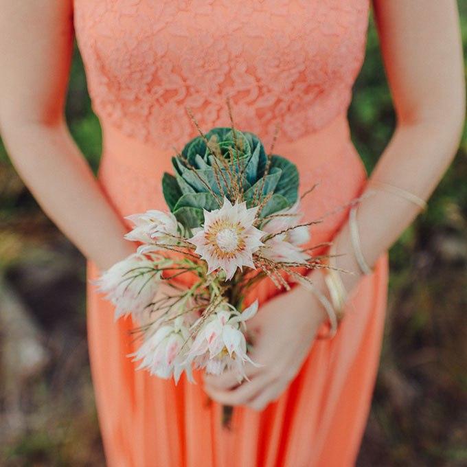 I8bCXqzDHqw - Небольшие свадебные букеты невесты (30 фото)