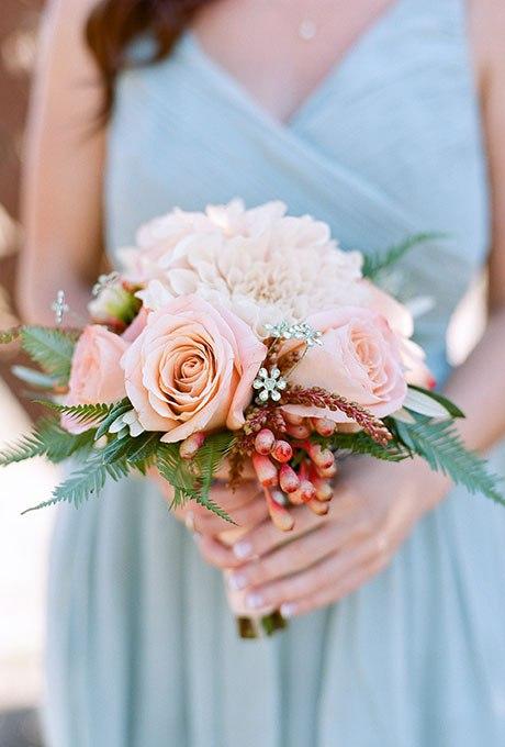 SDAGhJnOTiQ - Небольшие свадебные букеты невесты (30 фото)