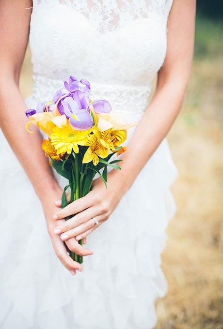xqbZcqMV35E - Небольшие свадебные букеты невесты (30 фото)