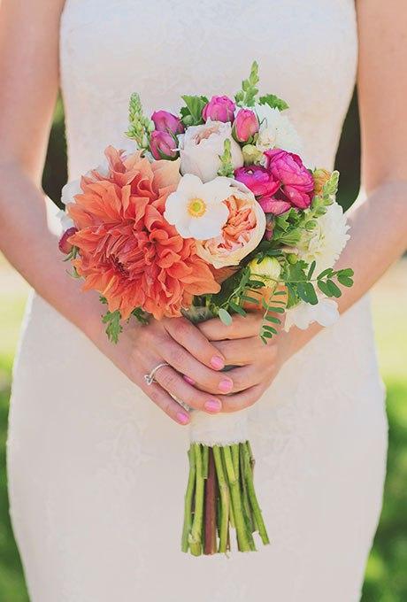 43AlfYrTB6k - Небольшие свадебные букеты невесты (30 фото)
