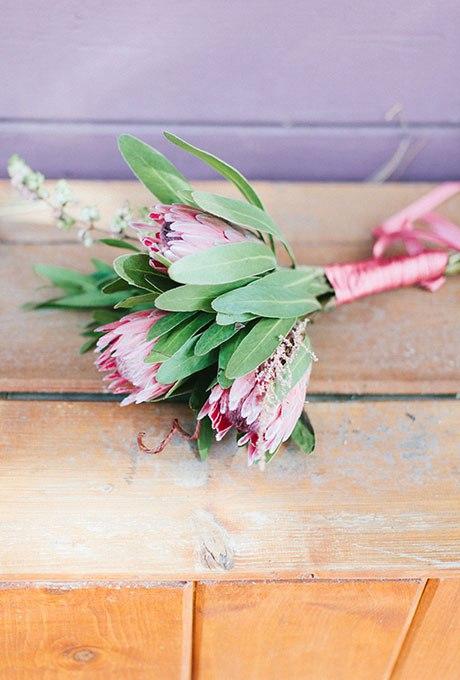 3OimEPuALBE - Небольшие свадебные букеты невесты (30 фото)