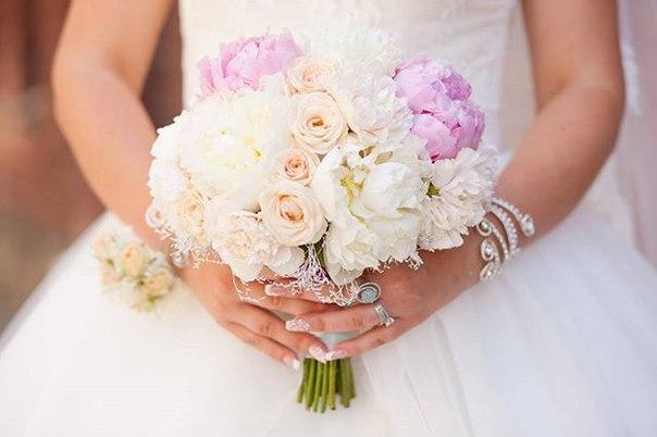 Весілля - це свято кохання, добра та дружби