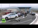 Греция: 1000 тракторов блокировал дороги, так как фермеры в знак протеста против реформ.