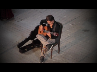 Fear Of The Dark (Iron Maiden) acoustic - Thomas Zwijsen - official video  ...сыграно классно.. а клип можно было бы и интересне