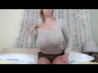 СМОТРИМ И ЛЮБУЕМСЯ !! ОЧЕНЬ БОЛЬШАЯ И Очень красивая грудь!    ( не порно,не секс)