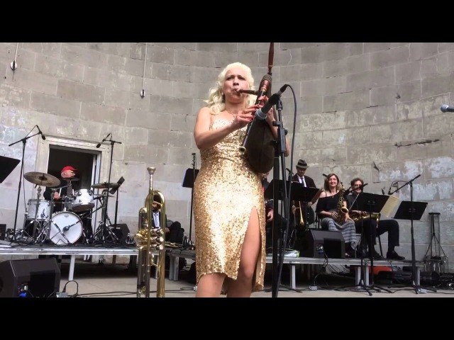 Bagpipe swing with Gunhild Carling in Central Park NY