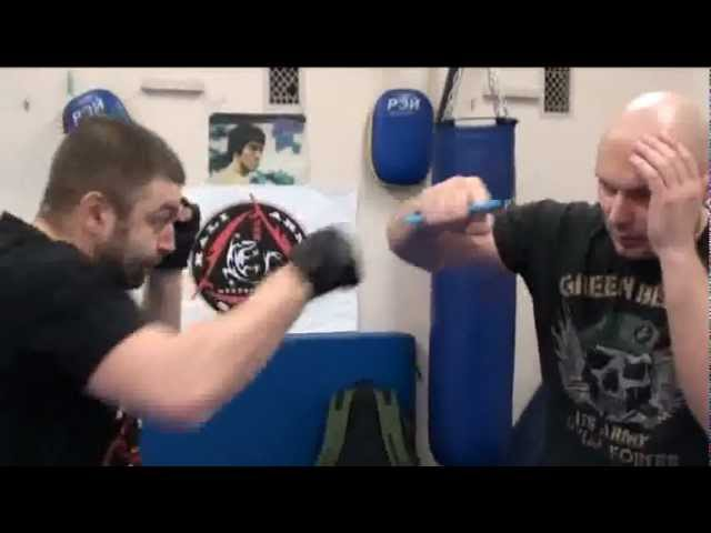 IMPACT KERAMBIT and SAF-T-WRENCH ( Kelly S. Worden ) - Moskow Club JKD