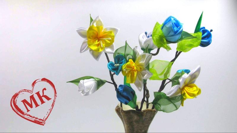 Как сделать цветы из атласных лент в вазу. Канзаши в интерьере дома, МК по просьбе.