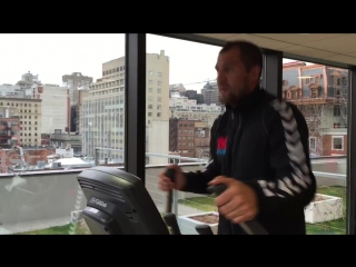 Сергей Ковалев готовится к поединку против Жана Паскаля, видео