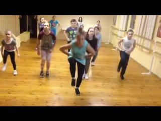 Современные танцы. Связка под музыку