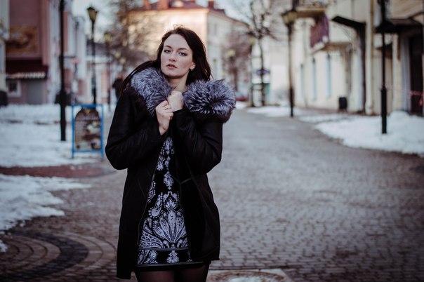 Photo by Alina Baranovskaya подарит бесплатную фотосессию случайному подписчику своей группы, который сделает репост этой записи.