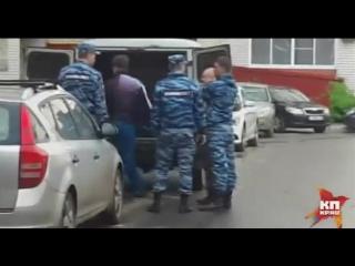 Появилось видео с места, где убили мужчину и пожилую женщину в Воронеже