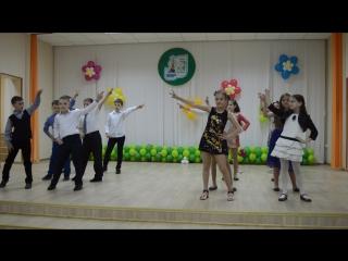 Зажигательный танец выпускников 4