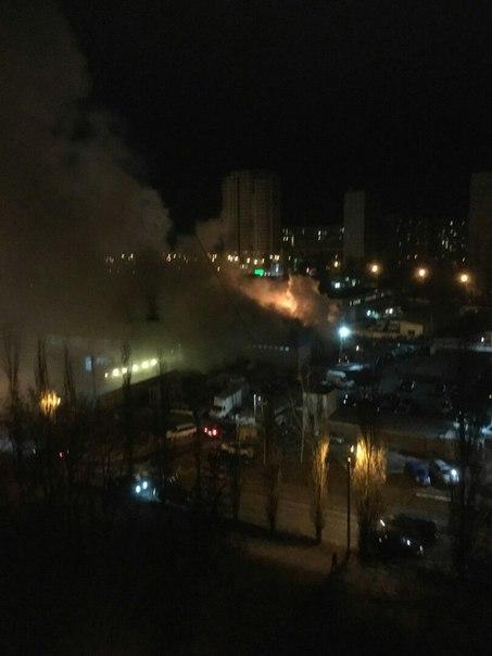 В Харькове сгорела школа (ФОТО)