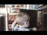 Лайфхакерша. Мама двоих детей сняла клип про свою жизнь