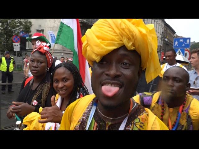 Światowe Dni Młodzieży 2016 uroczyste wejście delegacji Nigerii na krakowskie Błonia