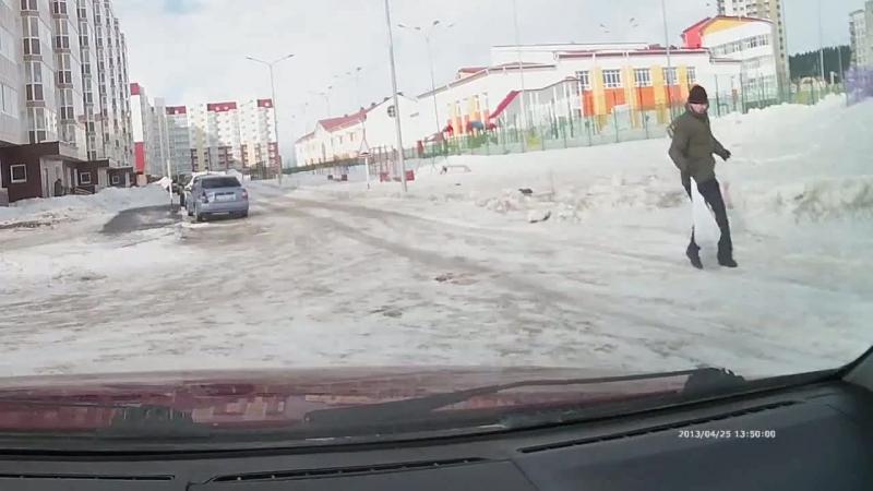 Обычный день в Ханты-Мансийске, слегка поддувает