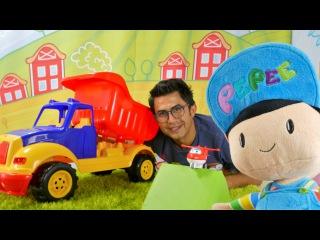 Pepee ile harika araba oyunları. Favori araba seçiyoruz - Robocar Poli ve kurtarma ekibi!