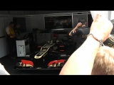 Lotus F1 исполняет Гимн России