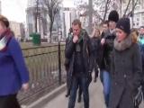 Самвела Адамяна на встрече в Москве охраняла чемпионка по СУМО