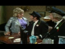 On The Buses - S04 - E02 - The Canteen Girl