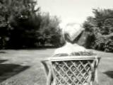 A vak asszony visszanéz - rövidfilm