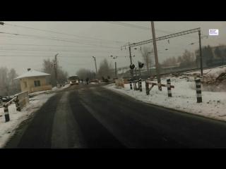 """Пассажирский поезд """"Москва - Брест"""" снес трактор на переезде в Белоруссии"""