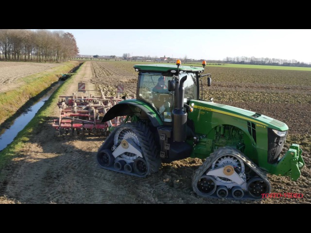 John Deere 8370R 4Track! (first in Italy) with Horsch terrano 4mt