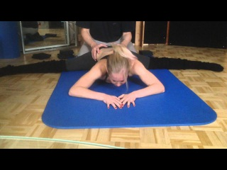 First Contortion Training with Frederick van Laak - Dez 2015