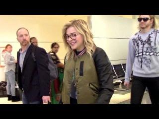 Хлоя в аэропорту Лос-Анджелеса/17 января 2016