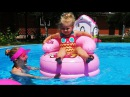 ✿ Hello Kitty и Диана в БАССЕЙНЕ Таблетка и Кресло Hello Kitty Toy Unboxing swimming in the pool